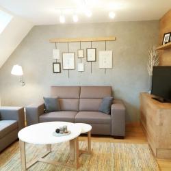 Obývací prostor s kuchyní v podkroví RD ve Frýdku | PO