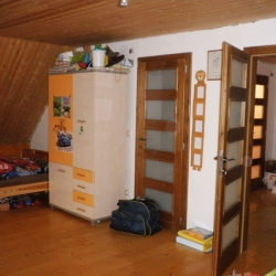 Pokojíček v roubence nad Třincem - Před
